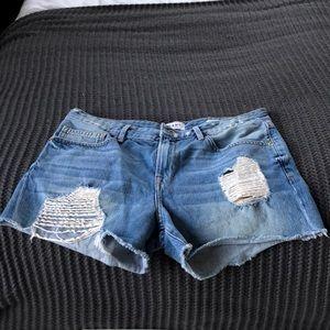 Frame distressed denim shorts, size 28